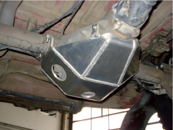 Sprinter (außer 5t) BR906 4x4 Unterfahrschutz für Hinterachs-Differenzial, ab Bj. 04/06 bis Modell 2