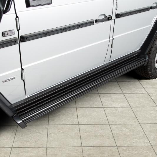 Seitl. Trittbretter Mercedes G 463 bis Modell 2018 schwarz beschichtet, 5-türig