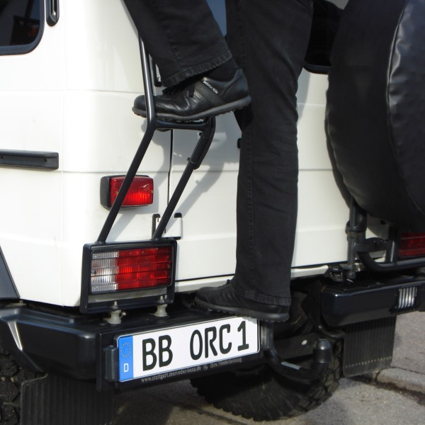 """ORC Kennzeichenhalter Mercedes G """"PUR"""" für Heckstoßstange inkl.Lampen+Kabelbaum"""